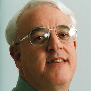 Dr David Lake